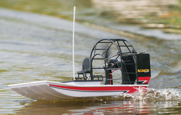 RC Swamp Boat by Aquacraft Alligator Airboat :: Radio ...